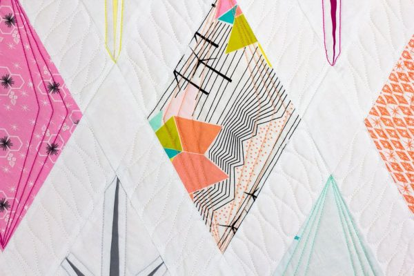 Use DecoBob™ in your quilting to achieve crisp and flat stitches for a professional finish.