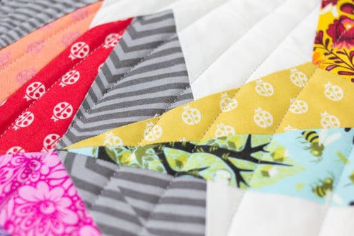 Master Quilter™ is versatile and runs beautifully in computerized quilting designs or edge-to-edge quilting. Simple, easy, and dependable.