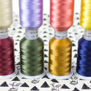 Master Quilter™ 40wt Longarm Polyester Thread
